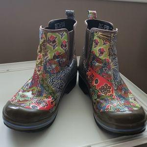 Dansko Vail vegan rain boot.